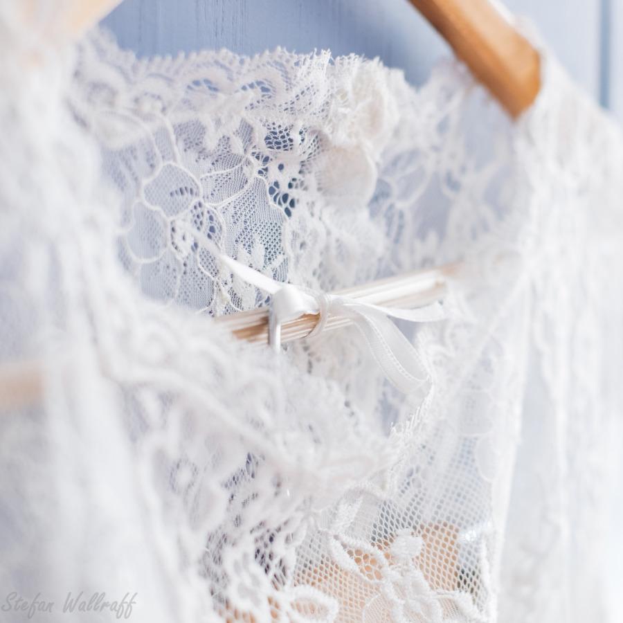 Brautmoden Bonn, Brautkleider, Standesamtkleider, Hochzeitskleider nach Maß